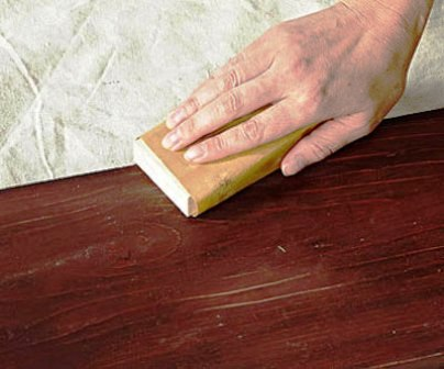 رنگ کاری چوب , مبلمان , بوفه ویترین , انواع رنگ و ورق طلا ، کهنه کاری و پتینه