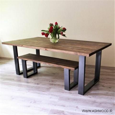 میز و نیمکت چوبی