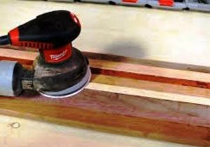 سمباده لرزون رنگ کاری چوب