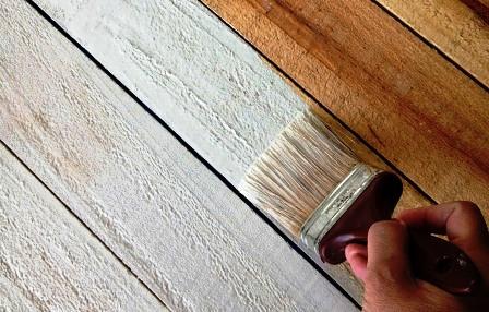 انواع رنگ در سازه های چوبی ، رنگ کاری دکوراسیون چوبی