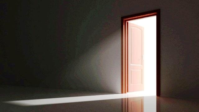 عکس درب چوبی
