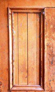 wood-frame-in-wooden-door-background-texture