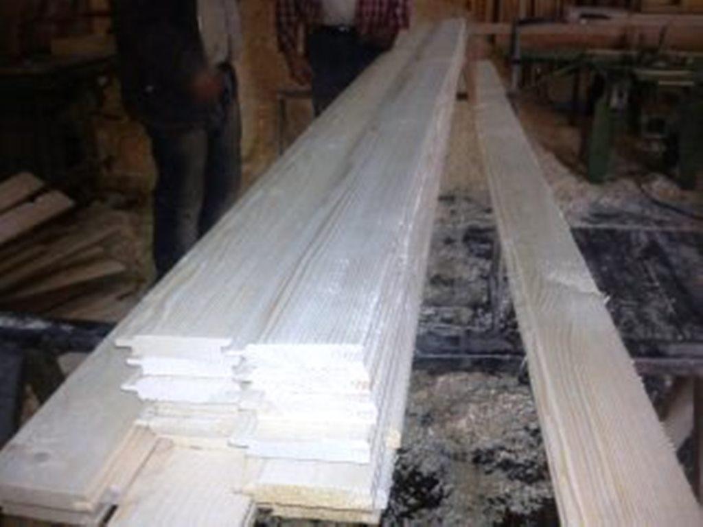 بسته بندی لمبه چوبی