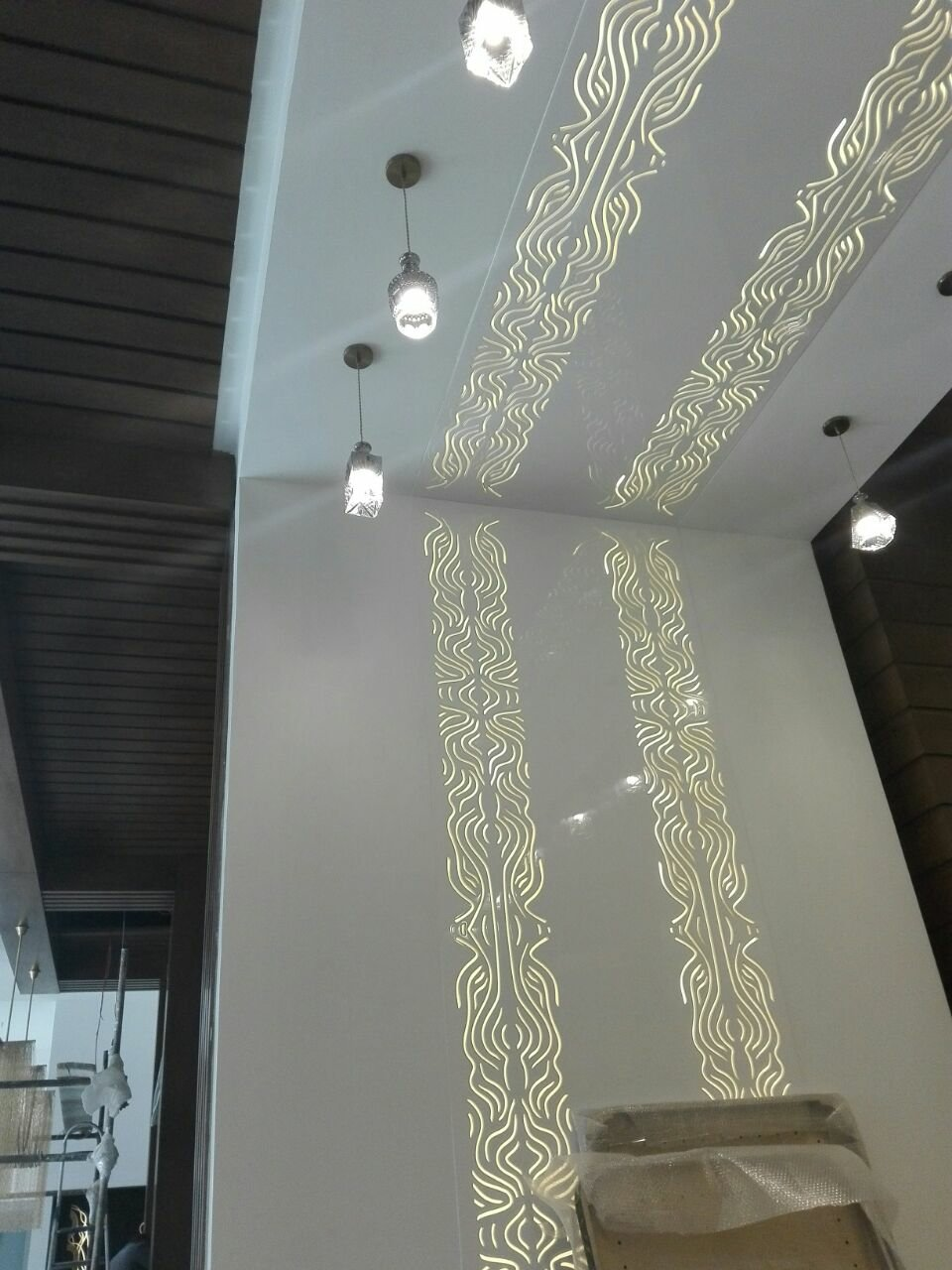 نورپردازی رستوران شاندیز تهران